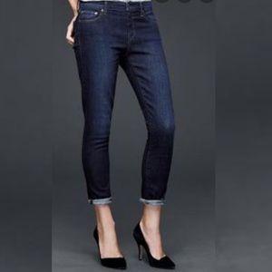 GAP 1969 Best Girlfriend Jeans 31R